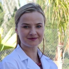 Dr Natalia Szlarb