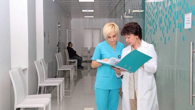 Gryshchenko Clinic Dr ElenaAlipova and Dr Catherine Drohozov