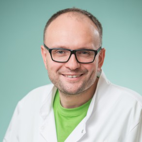 dr Łukasz Sroka